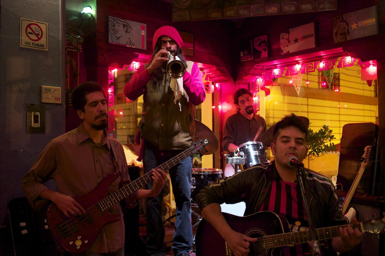 Live Band in Cafe Bar Revolucion in San Christobal de las Casas, Mexiko